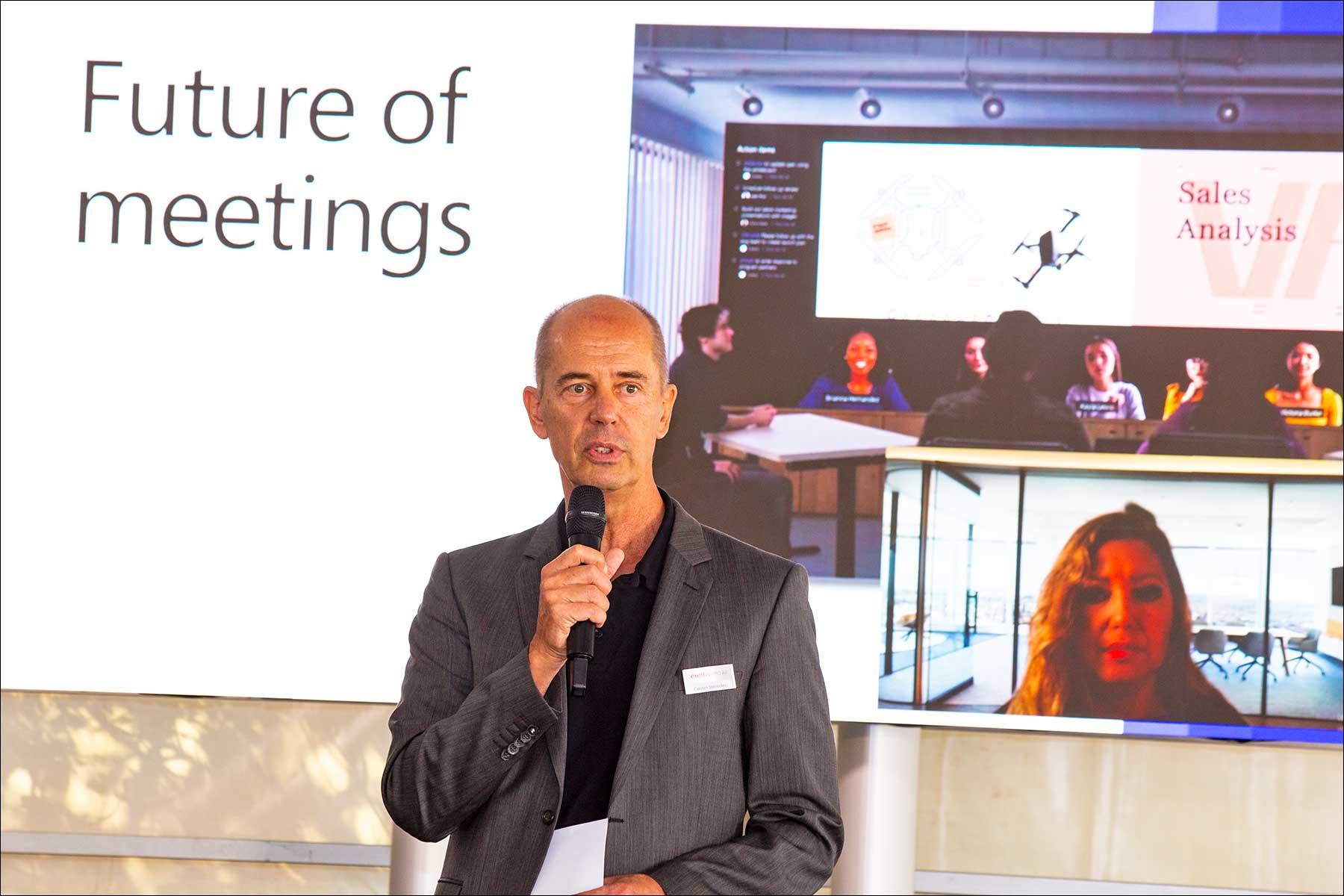 """Rachel Linnemann von Microsoft referierte via Videokonferenz zum Thema """"Microsoft Teams Rooms Devices Partner Opportunities"""" (Foto: Tom Becker)"""
