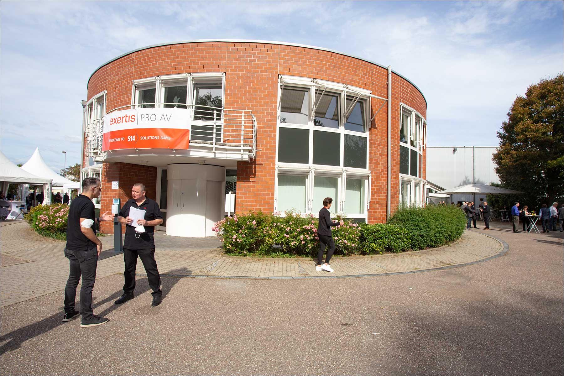 """Das """"Wahrzeichen"""" der S14 Solution Days bei exertis Pro AV in Uhingen (Foto: Tom Becker)"""