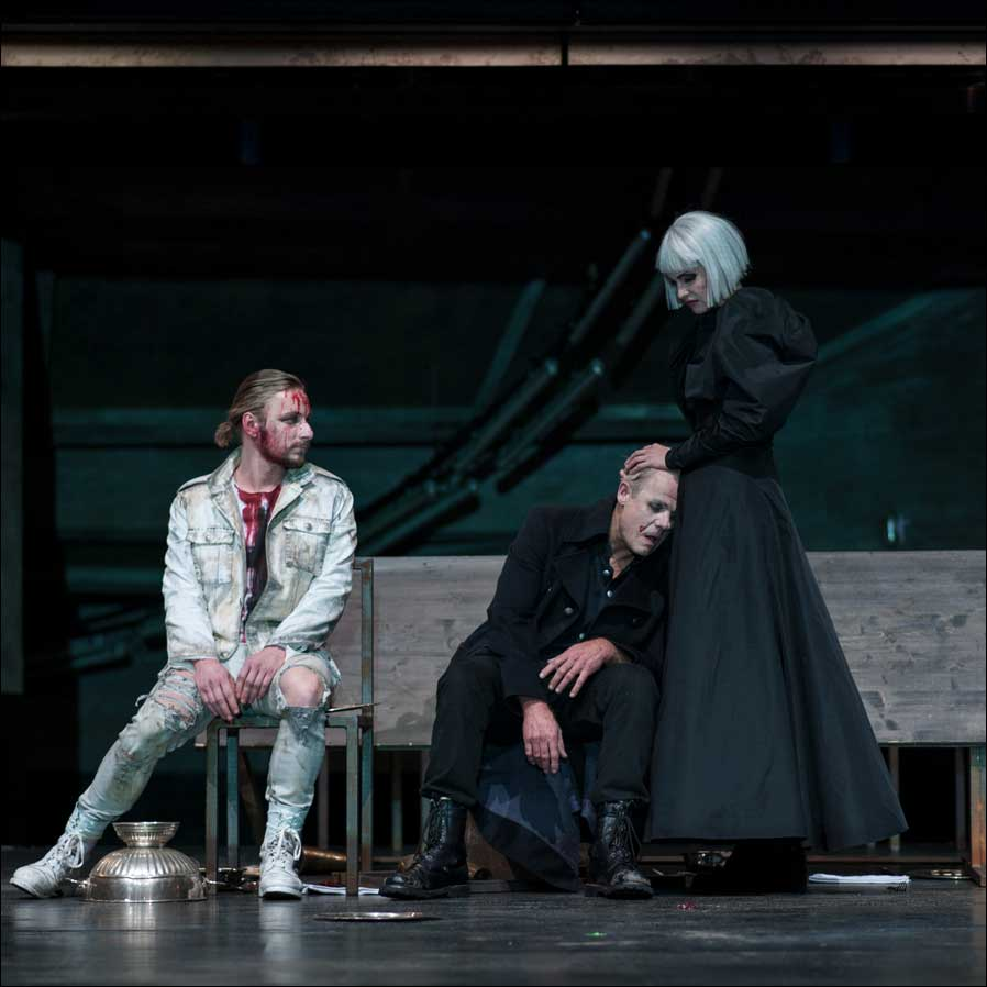 """Macbeth"" im Pfalztheater (Fotos: Marco Piecuch)"